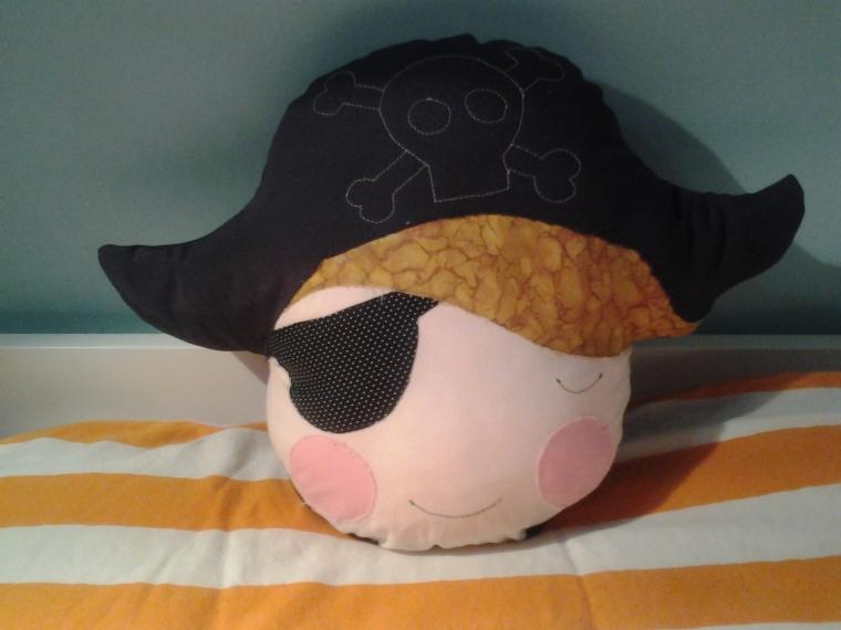 Cojín Pirata inspirado en Rita & Nico Blocks